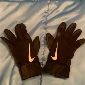 Softball leather gloves small